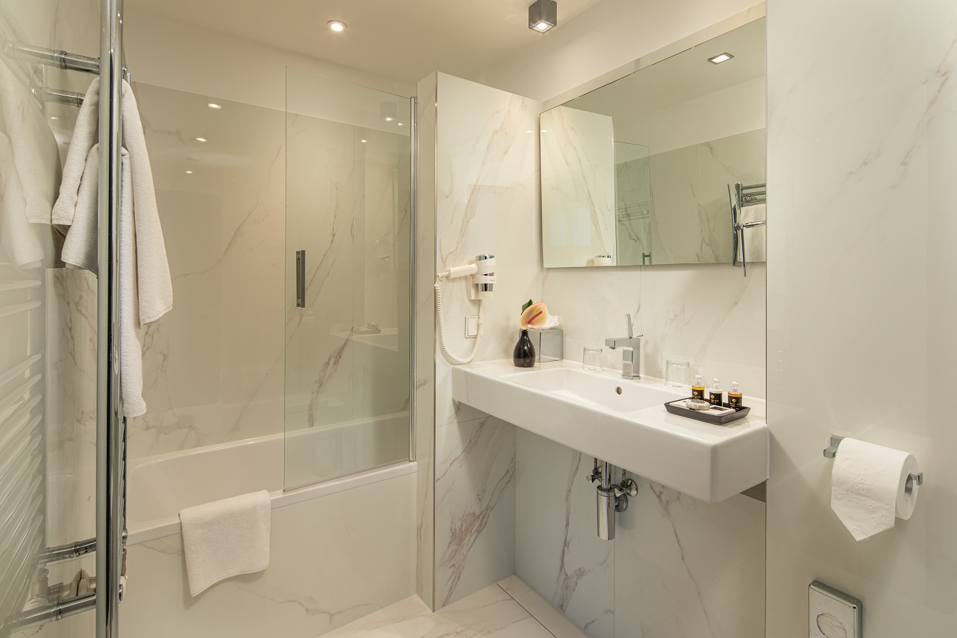 Hotel Continental Budapest - junior suite- Linea Prestige