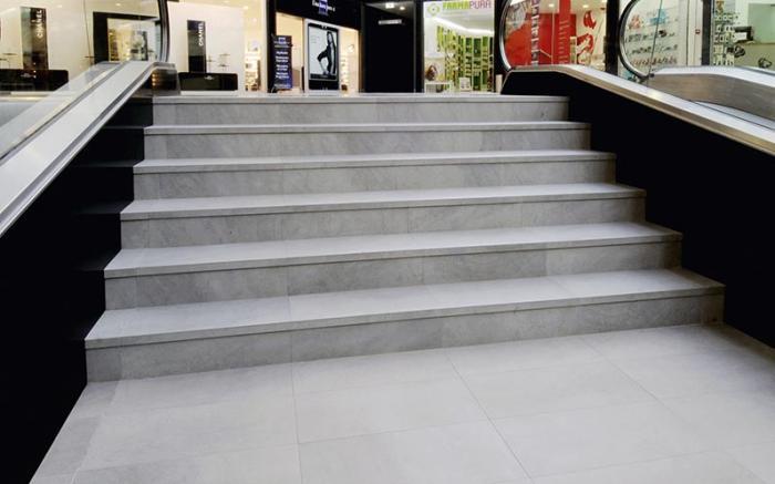 Centro Comercial Via Nova