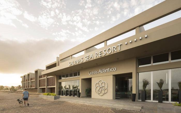 Salinas Sea Resort